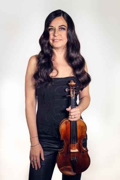 Florence VENIANT - Violon dans Les Parisiennes Quatuor