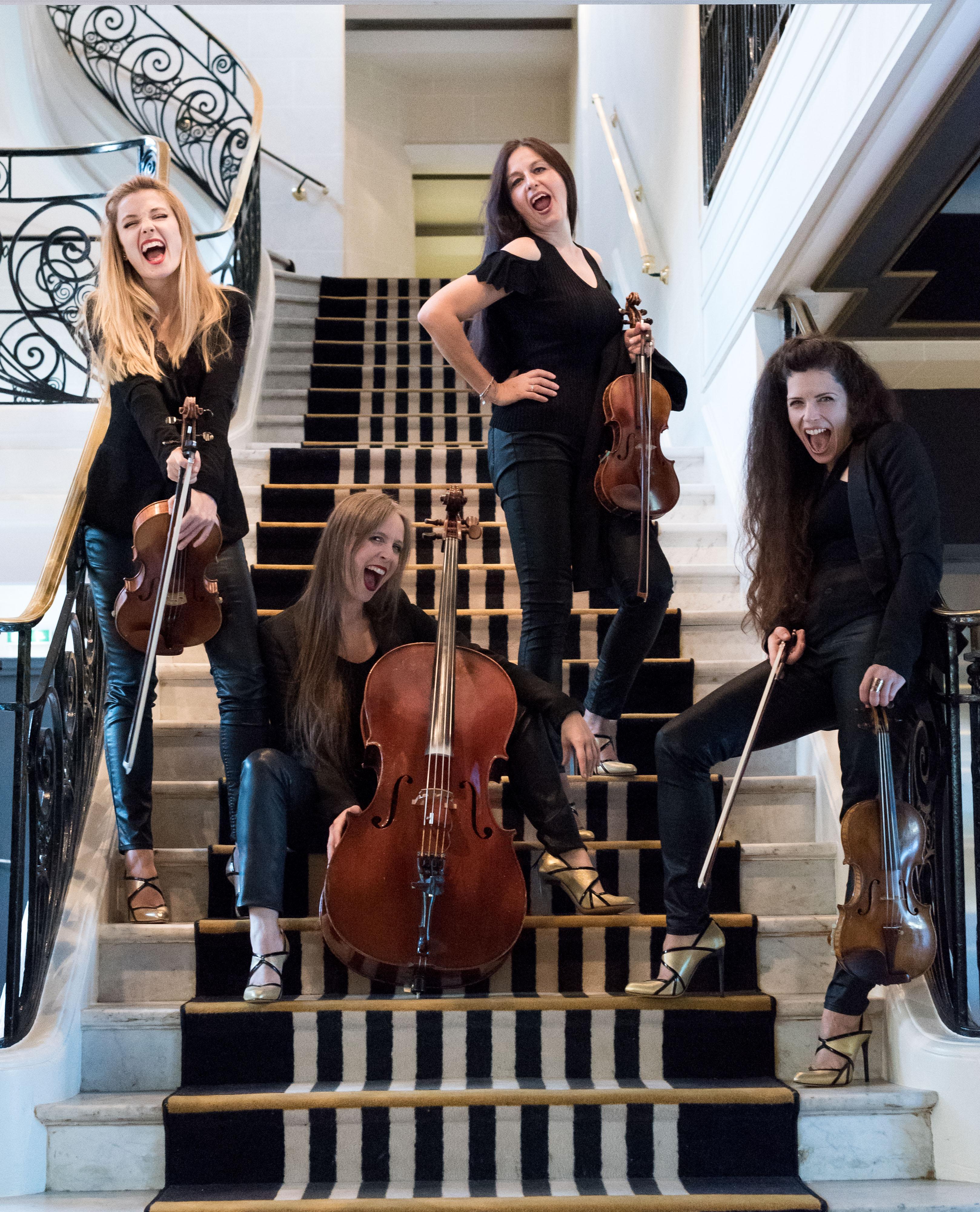 Concert privé musique pop et quiz musical French Forum 4/09/18